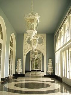 Dorothy Draper Regency inspired Great Hall, Dorothy Draper was one of the first Decorators in the US. As a woman she is best known for her commercial design work in major hotels and restaurants. She also designed the interiors of Pam Am airplanes.