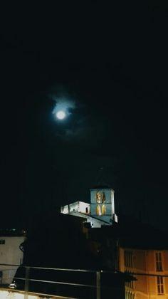 Lluna. Blau.