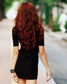 My ideal hair, which isn't 100 miles off what my hair used to be like, before it got gross and started thinning :(