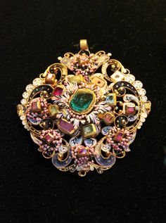 Hungarian, 17th century; gold pendant with emeralds, rubies and diamonds and polychrome enamel.