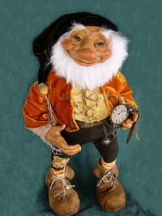 I'll have you know it's a real beard! - Silke-Janas-Schloesser Gnome