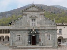 Discovering the #Biella area ( #Italy ): #Oropa - Sanctuary of Oropa, the facade of the Old Basilica