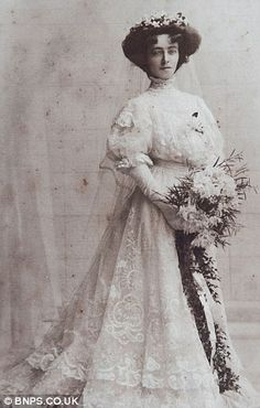 Ethel Isabella Dalzeil married Mr. H. Roland Cooper in Glasgow, on October 3, 1908.