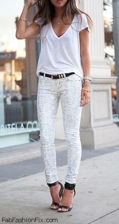 How to wear white jeans this summer