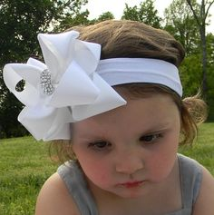 Get this big dang bow off my head!