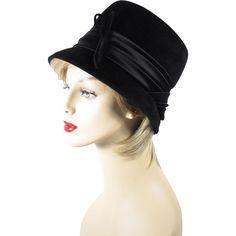 1970s Hat Black Felt and Satin Bucket Style Sz 21 1/2