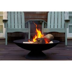 "31"" Classic Fire Pit Black Firepits ($215) ❤ liked on Polyvore featuring home, outdoors, outdoor decor, outdoor fire bowl, outdoor patio decor, outdoor garden decor and outdoor fire pit"