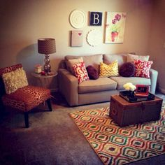 42 Incredible Diy First Apartment Decoration Ideas. Whether this is your very first apartment or you've been living in them all your. Small Apartment Living, Living Room On A Budget, Small Apartments, Small Living, Small Spaces, Cozy Living, Decorating My First Apartment, Apartment Decoration, Home Decor Styles