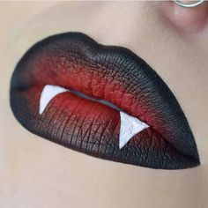 21 Insanely Intricate Lip Art Looks for Halloween Beauty - - 21 Insanely Intricate Lip Art Looks for Halloween Beauty Halloooooooween 21 Wahnsinnig komplizierte Lippenkunst sucht Halloween-Schönheit Maquillage Halloween Vampire, Maquillage Halloween Simple, Cute Halloween Makeup, Halloween Looks, Halloween Art, Halloween Eyeshadow, Halloween Fashion, Halloween Costumes, Makeup Art
