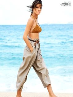Alessandra Ambrósio por Patrick Demarchelier para Vogue Brasil Janeiro 2015 [Editorial]