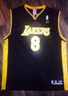 MINT EUC Reebok Men s XL Los Angeles Lakers Black n Gold  8 Kobe Bryant  Jersey  Reebok  LosAngelesLakers e262603ae