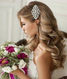 Elegant chic wedding hairstyle idea