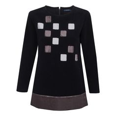 Flauszowa bluza z satynową aplikacją (kwadraty)