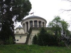 Publicamos el Observatorio Astronómico de Madrid.  #historia #turismo http://www.rutasconhistoria.es/loc/observatorio-astronomico-de-madrid