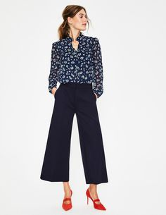 Hampshire Ponte Culottes Cropped Trousers at Boden Navy Pants Outfit, Culottes Outfit Work, Pantalon Large, What To Wear Today, Cropped Trousers, Work Fashion, Women's Fashion, Pants For Women, Outfits
