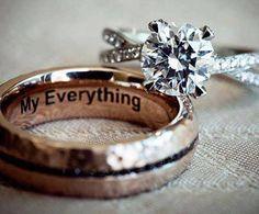 preciosos anillos de compromiso y matrimonio me encanta el grabado Interno