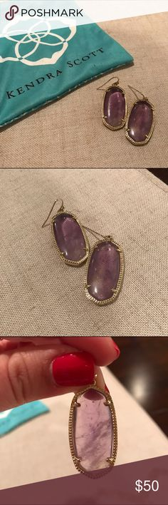 """Kendra Scott Elle Earrings - Amethyst Don't miss out on these now out of stock earrings! Measures approximately 1.5"""" long, these beautiful amethyst earrings were only worn twice. They come in the original Kendra Scott bag and from a smoke free home. Kendra Scott Jewelry Earrings"""