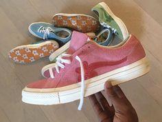 Pamiętacie jak pod koniec zeszłego roku Tyler, The Creator i Converse wypuścili wspólną kolekcję GOLF le FLEUR? To był dopiero początek! Amerykański raper wyjawił właśnie kolejne wersje butów, które niedługo pojawią się w sprzedaży.