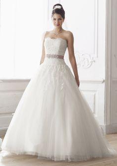 Brautkleider im gehobenen Preissegment   miss solution Bildergalerie - 08-3276-CR by LILLY