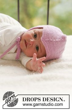 Fairy Rose / DROPS Baby - Knitted bonnet in stocking st for baby and children in DROPS Merino Extra Fine Baby Knitting Patterns, Baby Booties Knitting Pattern, Crochet Vest Pattern, Baby Hat Patterns, Baby Hats Knitting, Knitting For Kids, Free Knitting, Free Pattern, Drops Design
