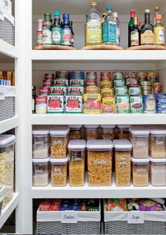 33 Kitchen Storage Organisation Ideas Will Instantly Upgrade Your Good Mood For Cooking – Own Kitchen Pantry Organizing Hacks, Household Organization, Home Organization Hacks, Clutter Organization, Organizing Your Home, Organising, Diy Kitchen Storage, Kitchen Cabinet Organization, Kitchen Pantry
