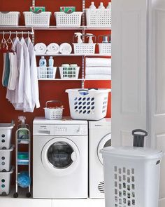 Ordena el cuarto de lavado y plancha