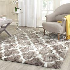 Safavieh Barcelona Silver/White Area Rug Rug Size: 8' x 10'