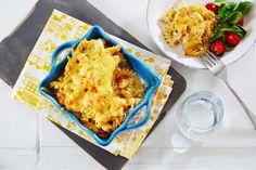 Enkel og god pastagrateng med kylling og hvit saus. Middag for hele familien. Pasta, Poultry, Cauliflower, Macaroni And Cheese, Nom Nom, Tin, Meat, Vegetables, Cooking