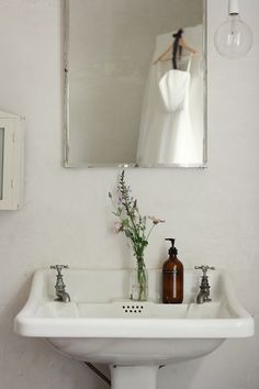 True vintage styling ~  Photography by louisabaileyweddings.com (wedding dress reflected in mirror)