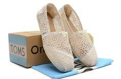 Dream Closet / Toms Shoes OUTLET...$18.95