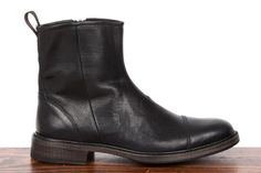 Rag & Bone Spencer zip boot in black.