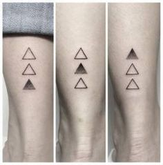 Tattoo Ideas Female Small Sisters Brother 15 Ideas For 2019 - Piercings and Tatts - Tatoo Ideen Badass Sleeve Tattoos, Sleeve Tattoos For Women, Tattoos For Women Small, Small Tattoos, Dreieckiges Tattoos, Friend Tattoos, Cute Tattoos, Body Art Tattoos, Brother Tattoos