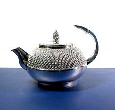 Great 1980s silverplate teapot!