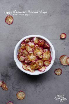 Seasoned Oven-Baked Radish Chips