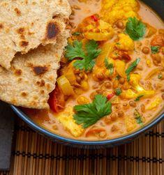 Chapati, Garam Masala, Curry, Ethnic Recipes, Food, Curries, Meals, Yemek, Eten