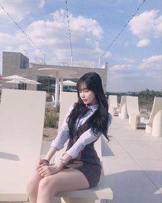 Korean Fashion Summer Casual, Korean Street Fashion, Asian Fashion, Kpop Fashion Outfits, Girls Fashion Clothes, Girl Fashion, Womens Fashion, Kpop Mode, Japan Girl