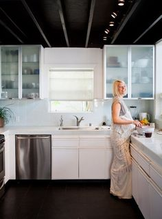 10 Commandments of a Clutter-free Kitchen