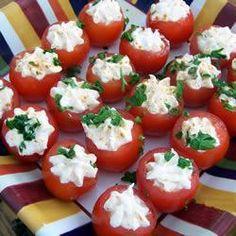 Tomatitos Cherry rellenos con Crema de Camarones