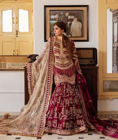 Pakistani Bridal Dresses Online, Beautiful Pakistani Dresses, Indian Fashion Dresses, Pakistani Outfits, Designer Party Wear Dresses, Party Dresses, Bridal Dress Design, Fancy Blouse Designs, New Wedding Dresses