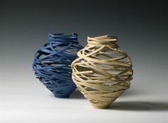Michael Eden, during a sabbatical at the Royal College of Art, became enamored with marrying his traditional pottery skills with burgeoning technologies and the results, deservedly, earned him an RSA Design award. Porcelain Jewelry, Fine Porcelain, Porcelain Ceramics, Ceramic Art, Painted Porcelain, Ceramic Design, Ceramic Lantern, Porcelain Tiles, Clay Design