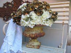 FRANKREICH alte Blumen Jardiniere Eisen French shabby chic weiß Pflanzgefäß