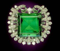 Hooker Emerald in a 1911 Tiffany setting