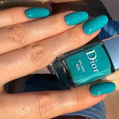 Заспамлю фотками чумовой, чумовой лак #diorsplash цвет - неестественный яркий голубобирюзовый пластик, ттх- идеальные жидкий,…