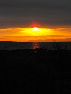 Sunset on the road to Saint-John, New Brunswick.