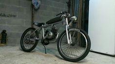 Nice custom bmx frame with av7 Motobecane engine, Bretagne