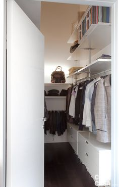 Ideas For Dream Closet Room Small Spaces Storage Ideas Small Closet Design, Small Closet Space, Small Space Office, Small Space Storage, Small Closets, Small Rooms, Small Spaces, Bedroom Small, Ikea Closet