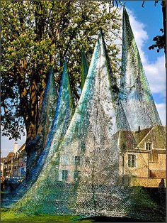 Murmure Visible: Edith Meusnier Outdoor Sculpture, Outdoor Art, International Flowers, Life In Space, Art Et Architecture, Textile Fiber Art, Fibre Art, Design Textile, Art Populaire