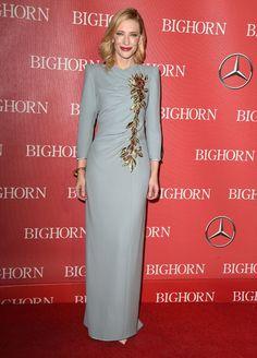 Cate Blanchett en robe longue bleue Marc Jacobs