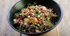 salade composée à base de quinoa , de fruits et fruits secs