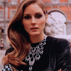 Olivia Palermo looking gorgeous in Carrera y Carrera statement necklace from Jazmín collection for Hola Spain magazine. www.carreraycarrera.com
